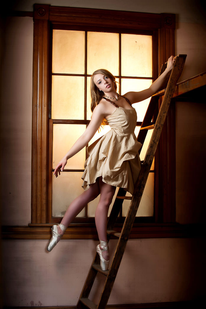 15-photonuvo-senior-pictures-dancer-ballet