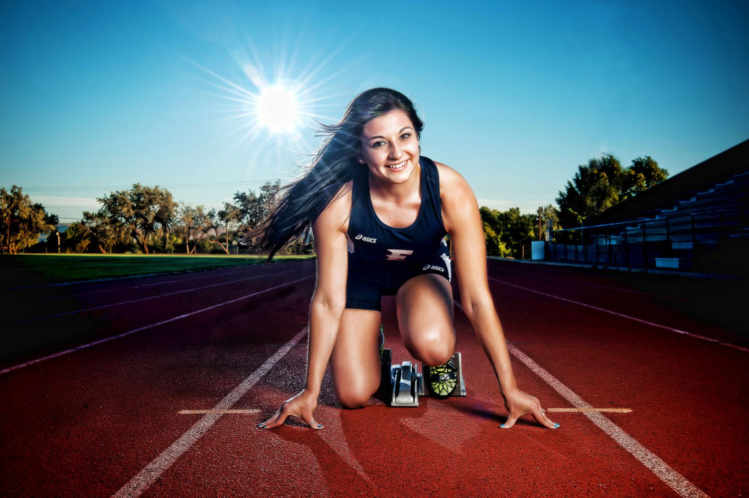 12-photonuvo-senior-pictures-sports-track